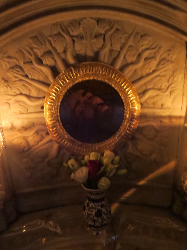 Under the altar in the Chapel to St James, an image of the head of the Apostle, above the spot where he is said to have been martyred and where the head is buried